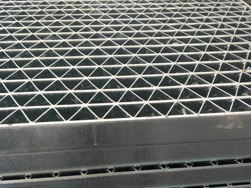 重型鋼格板